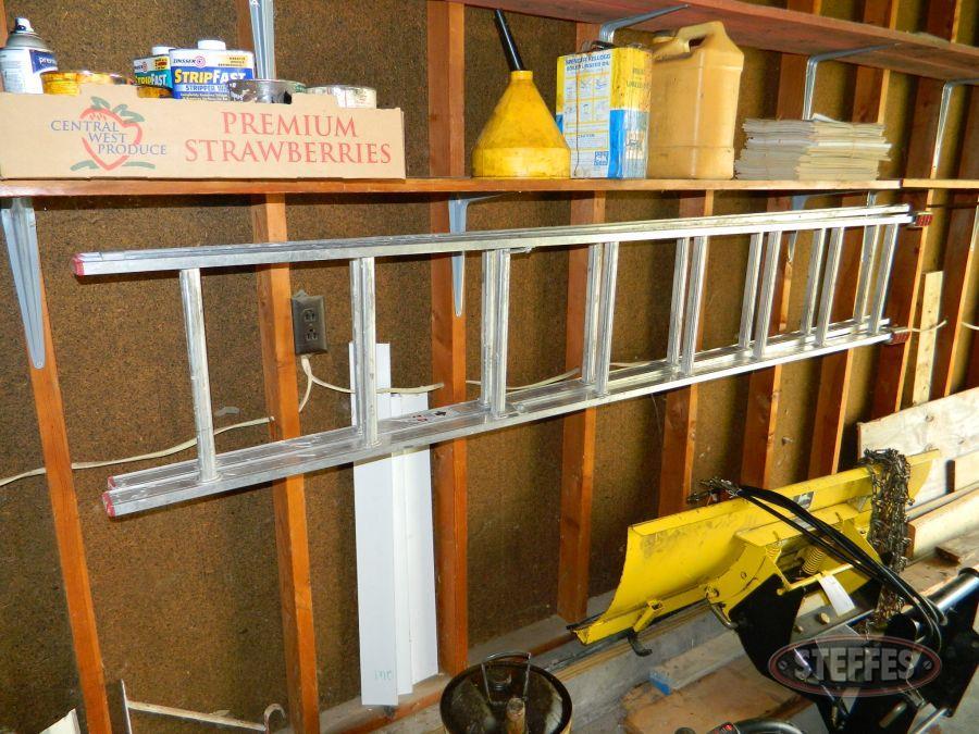 Werner-16--Extension-Ladder---Homelite-Leaf-Blower_2.jpg