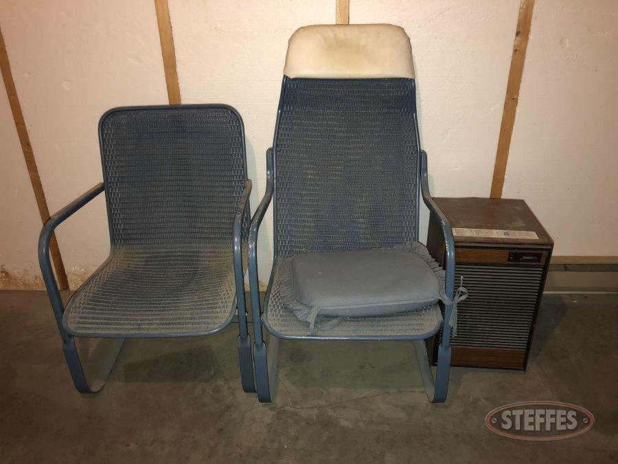 (2)-Lawn-Chairs---Whirlpool-AHA-020-2-Dehumidifier_2.jpg