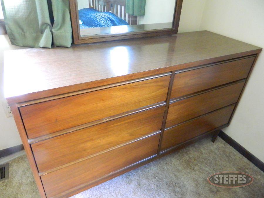 Dresser---Mirror_2.jpg