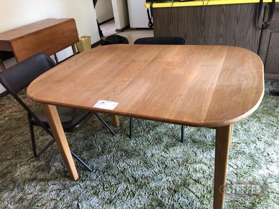 Table---(2)-Folding-Chairs_2.jpg