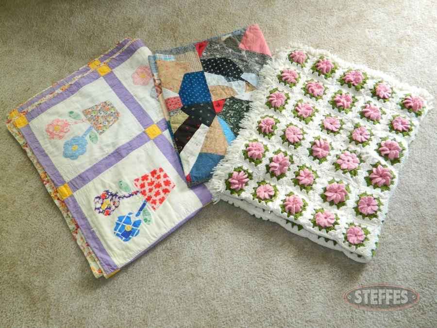 (2)-Quilts-and-Afghan_2.jpg