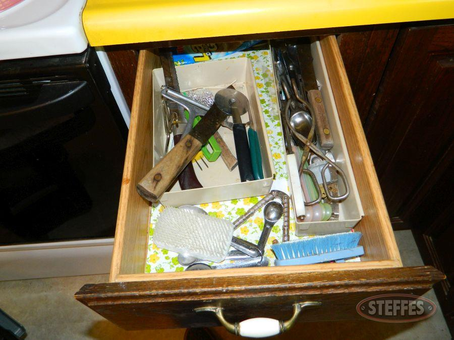 Contents-of-(1)-Drawer-and-(1)-Cabinet_2.jpg