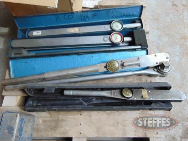 Pallet-misc--older-hand-tools--torque-wrench-_1.jpg