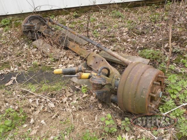 Steering-axle-from-truck--_1.jpg