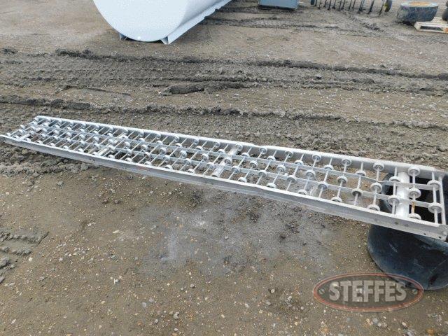 Aluminum-roller-conveyor--15-x10--_1.jpg
