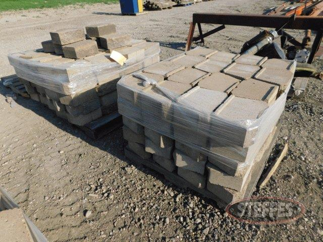 "(210) Retaining wall blocks, 11-1/2""x4"","