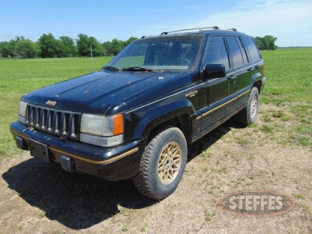 1994-Jeep-Grand-Cherokee_1.jpg