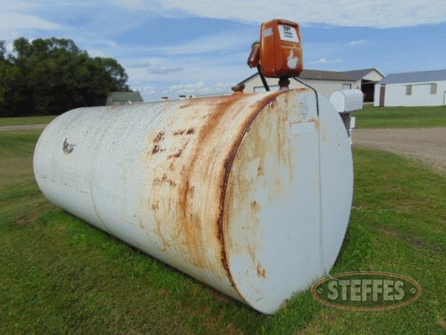 Skid-fuel-tank--2-000-gal---_1.jpg