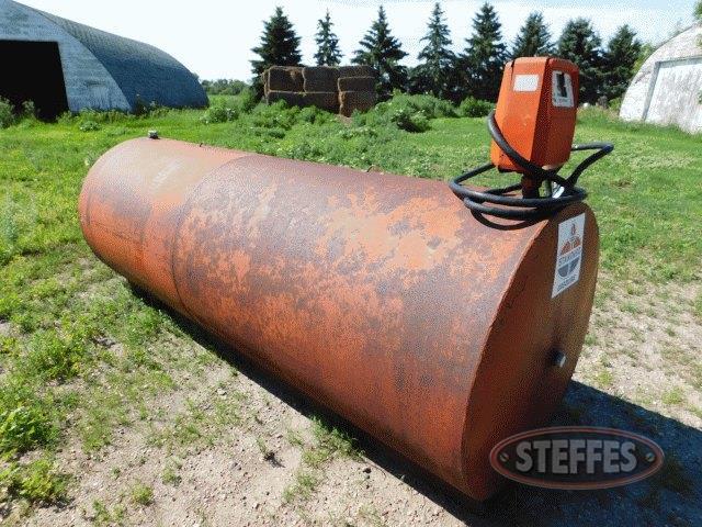 1-000-gal--fuel-tank-w-Gasboy-pump--_1.jpg