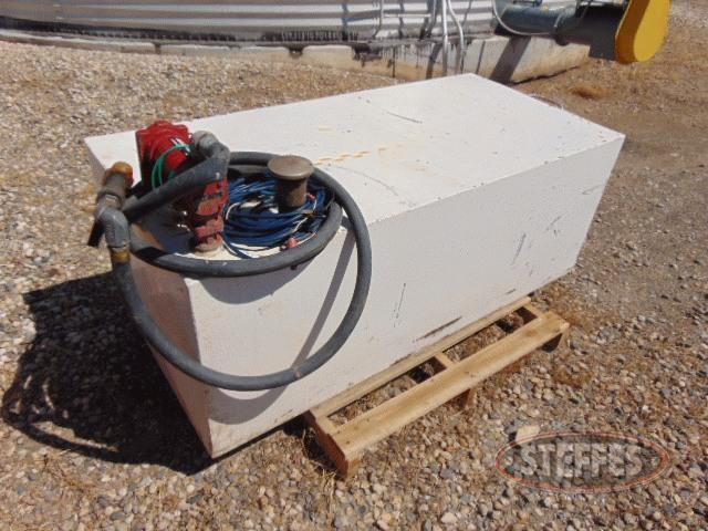 Pickup-fuel-tank--approx--125-gal---Fill-Rite-12v-pump-_1.jpg