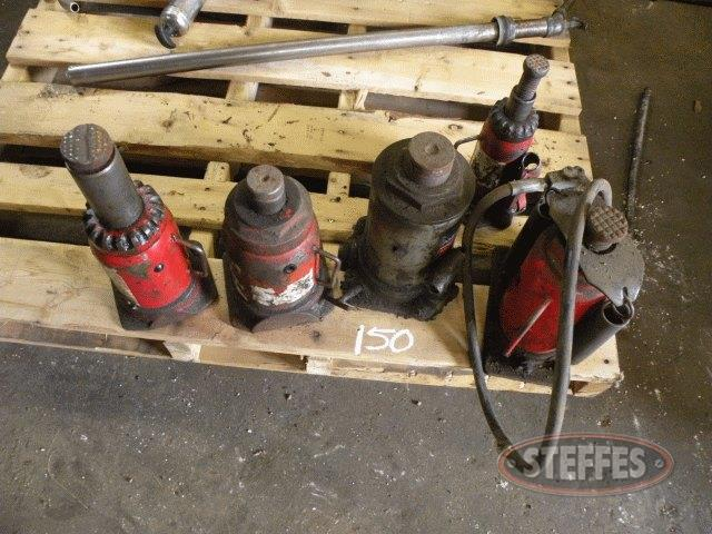 Pallet of air jacks, (2) jack stands_1.jpg