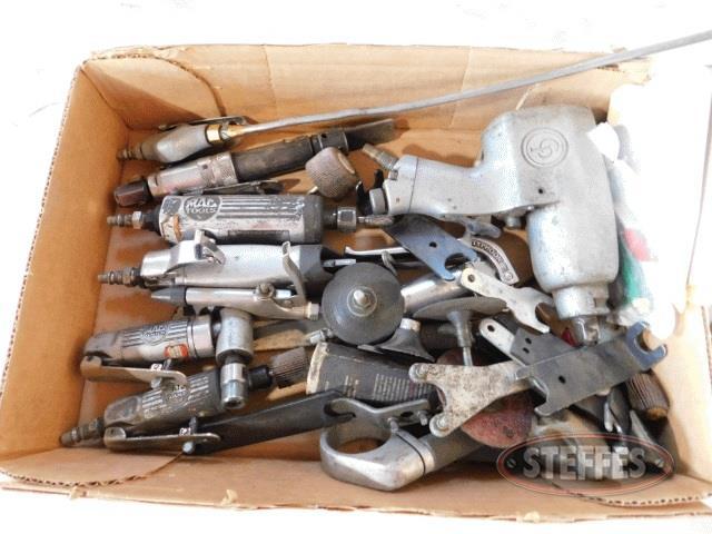 Box-of-asst--pneumatic-tools---accessories_1.jpg