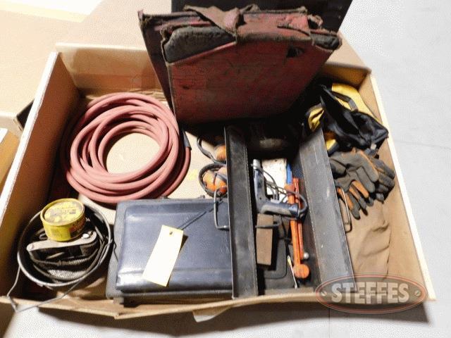 Box-of-asst--items_1.jpg