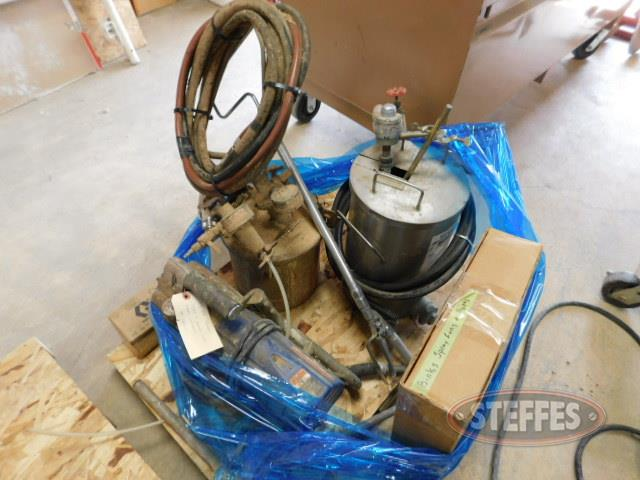 Pallet-chemical-and-spray-tools--_1.JPG