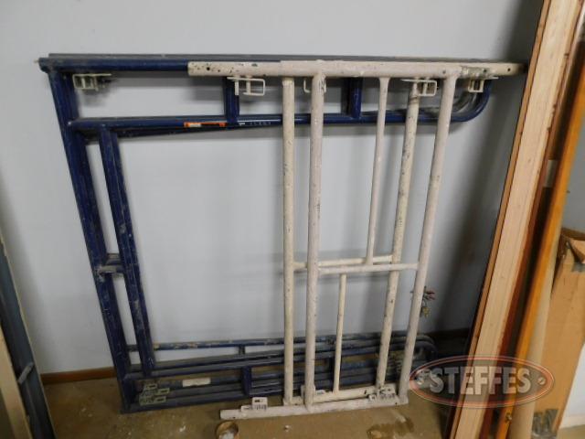 (3)-scaffolding-sections_1.JPG