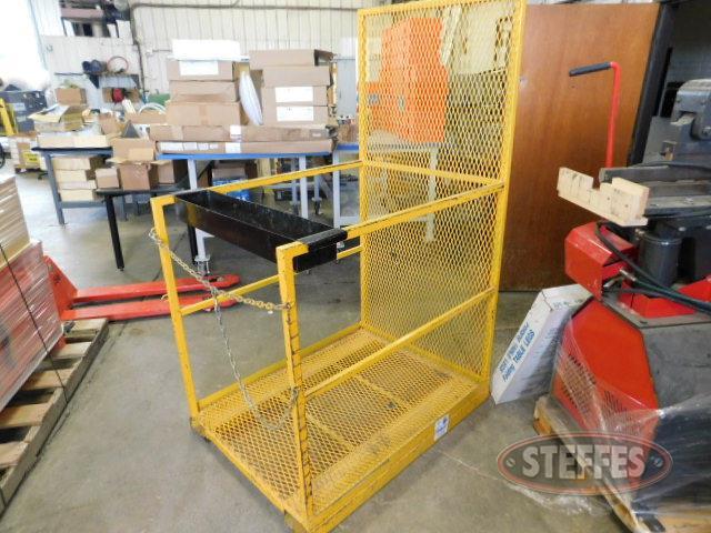 Forklift-man-basket_1.JPG