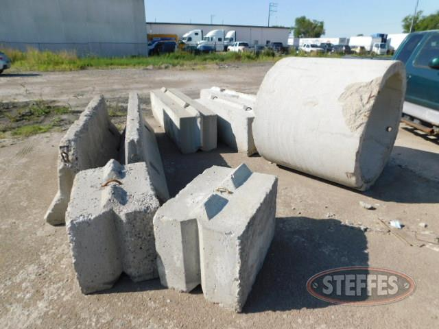 Concrete-barriers_1.JPG