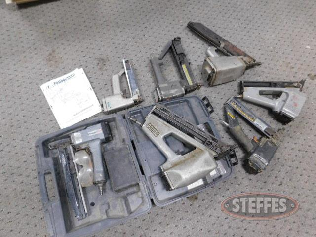 Asst--nailers--pneumatic--Paslode--Senco--DuoFast--w-asst--nails_1.JPG