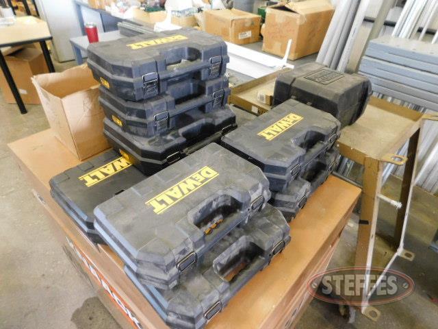 Tool-cases-including-(9)-DeWalt---(1)-Porter-Cable_1.JPG