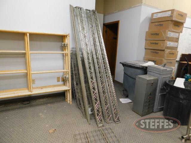 Metal-racking-system--uprights---shelving_1.JPG