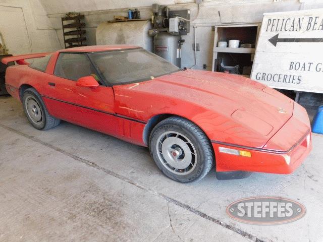 1984-Chevrolet-Corvette_1.jpg