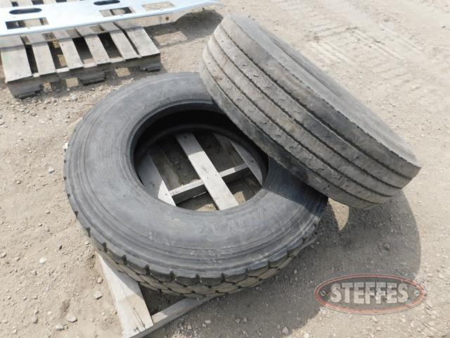 (1)-11R22-5-tire--(1)-315-80R22-5-tire--_1.jpg