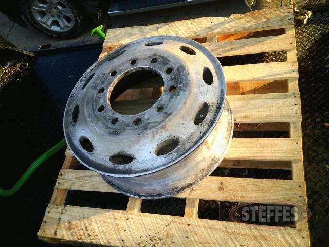 24-5-aluminum-rim--hub-pilot--_0.jpg