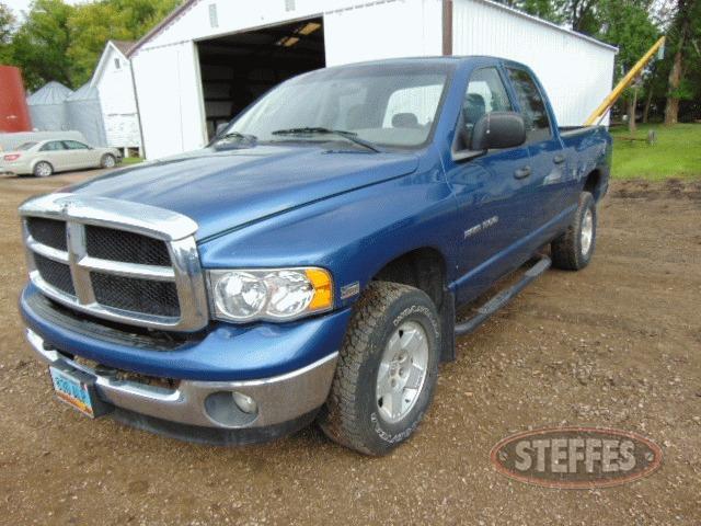 2004-Dodge-Ram-1500_1.jpg