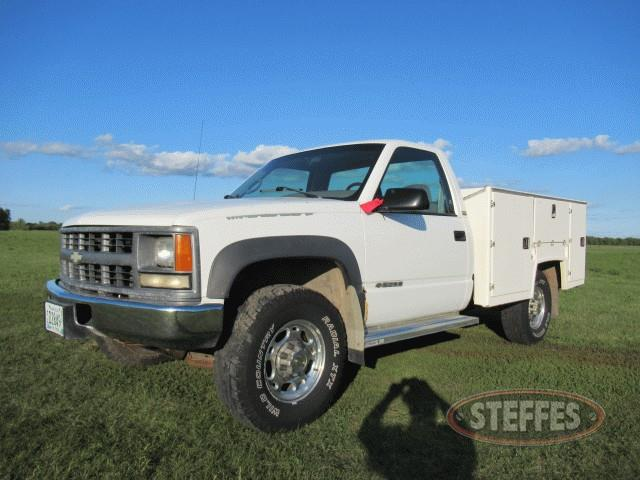 1995-Chevrolet-3500HD_0.jpg
