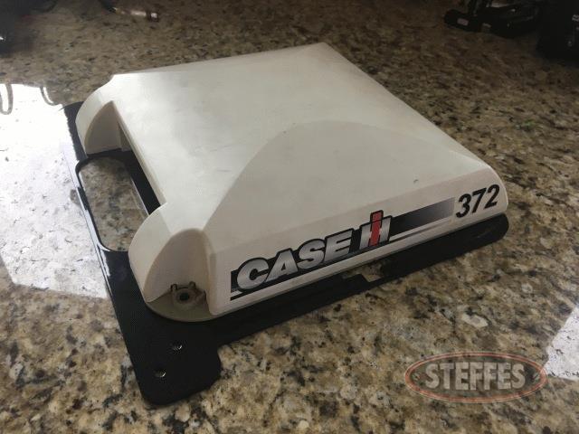 -Case-IH-372_0.jpg