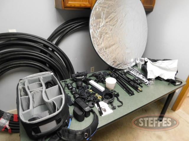 Photo-flash-kit--camera-flash-equipment-_1.JPG