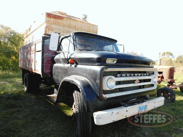 1965-Chevrolet-C60_1.jpg