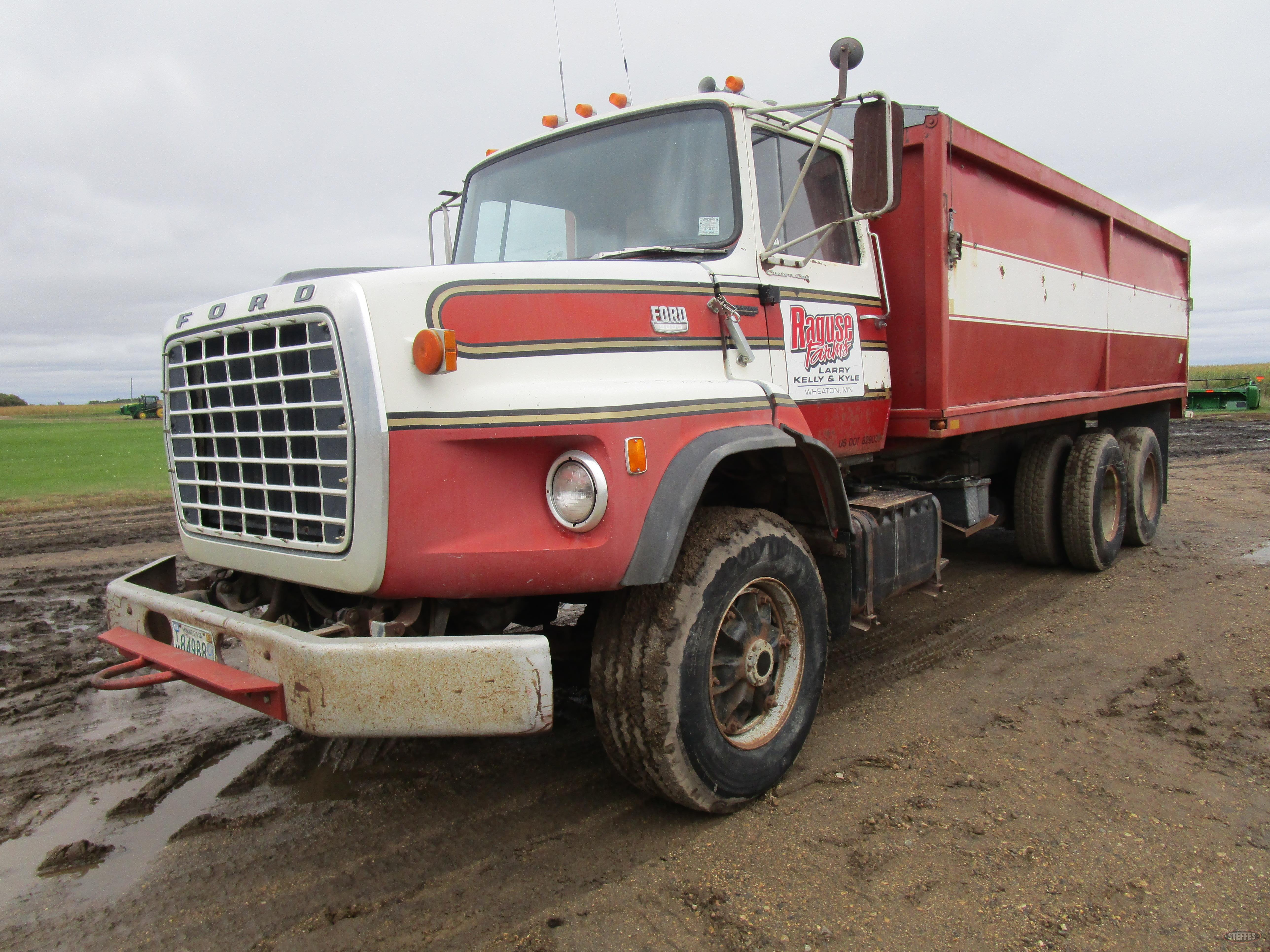1974 Ford 9000