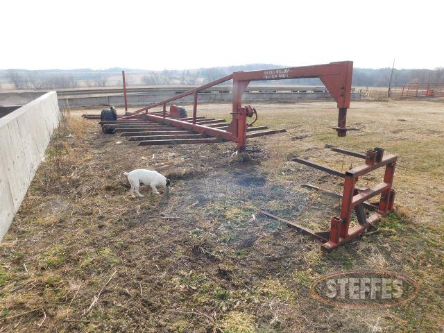 Merls Welding (10) Bale Trailer