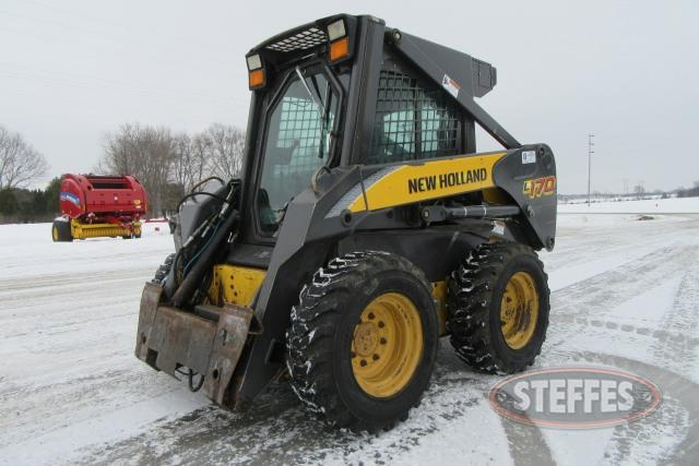 2006 New Holland L170