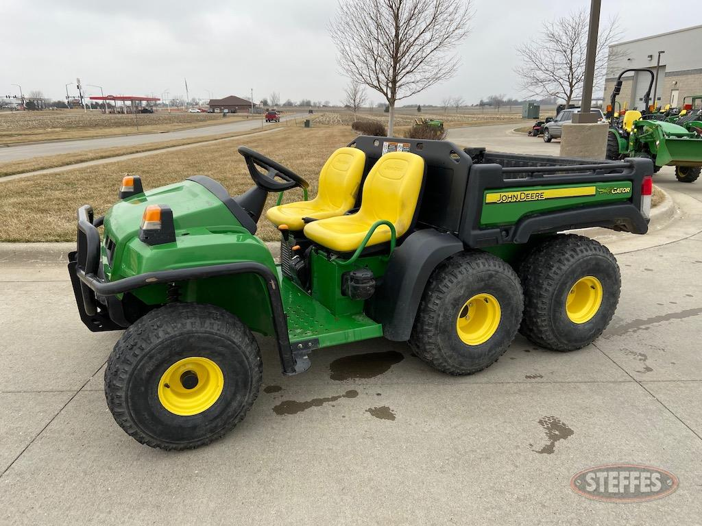 2011 John Deere TH Gator