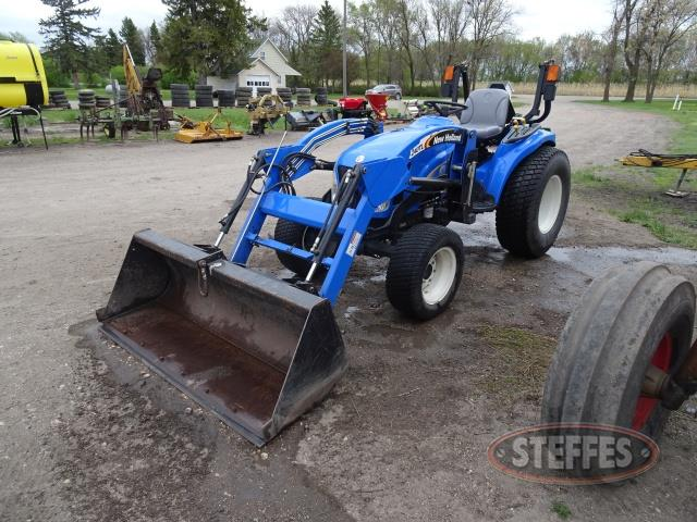 New Holland T2220