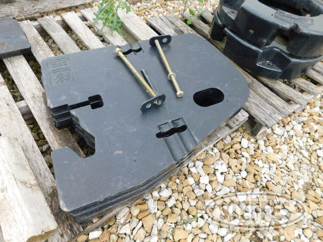 (4) New Holland 220 lbs. Suit Case Weights
