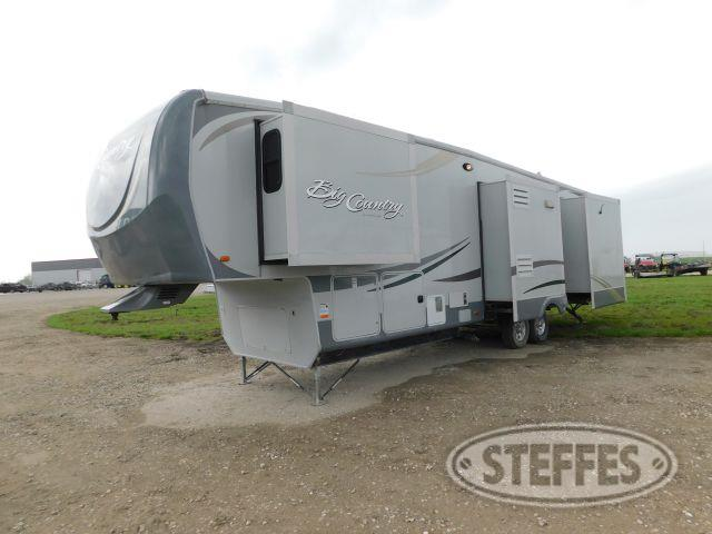 2011 Heartland Big Country 3500RL